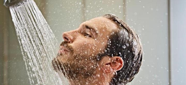 Kelebihan dan Kekurangan Dari Mandi Air Hangat atau Dingin