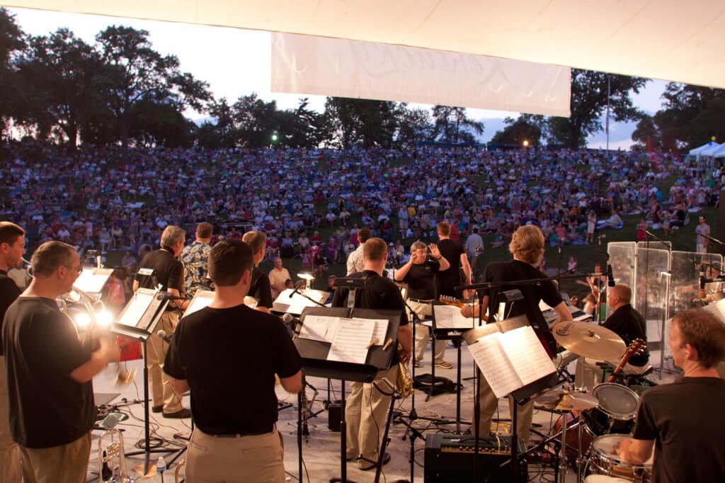Kentucky Symphony Orchestra Menjadi Standar Broadway
